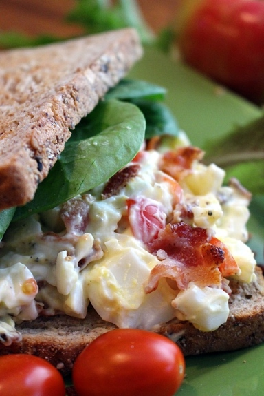 Revamp your traditional egg salad by adding tomatoes and bacon! Yum! Hello! You know you want this.  Small Town Girl Blog